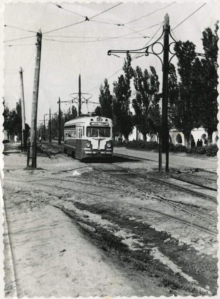 Блогер показал уже несуществующего трамвайного пути в Днепре. Афиша Днепра